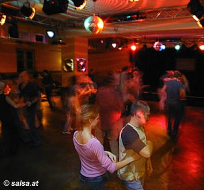 Salsa im Orange House in München